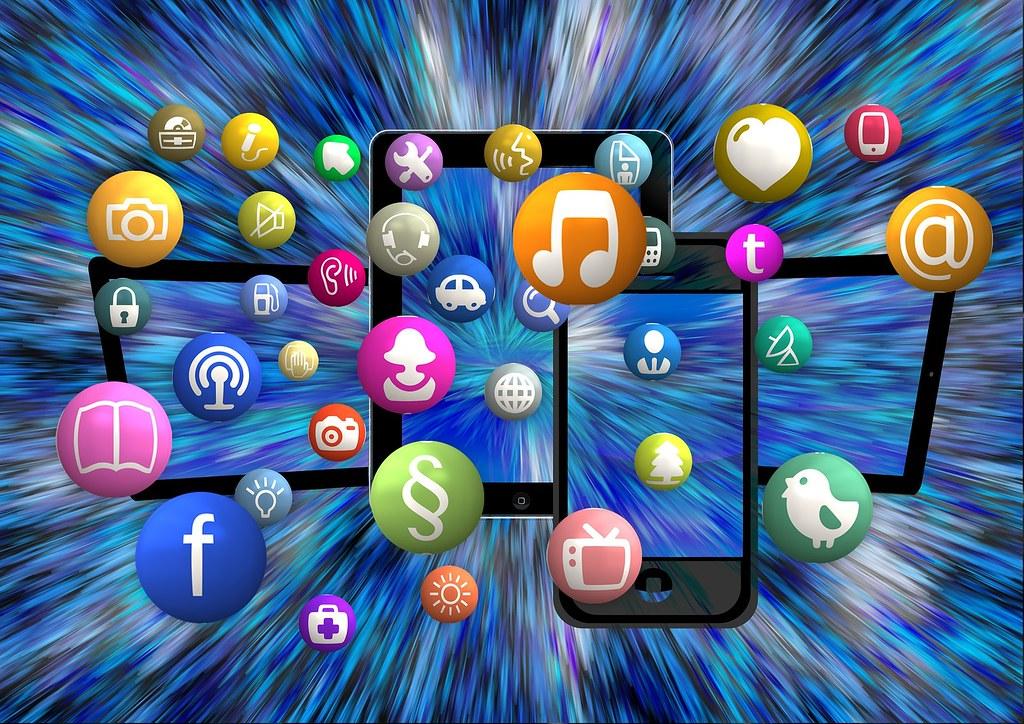 Social media VR I Cryptofalka