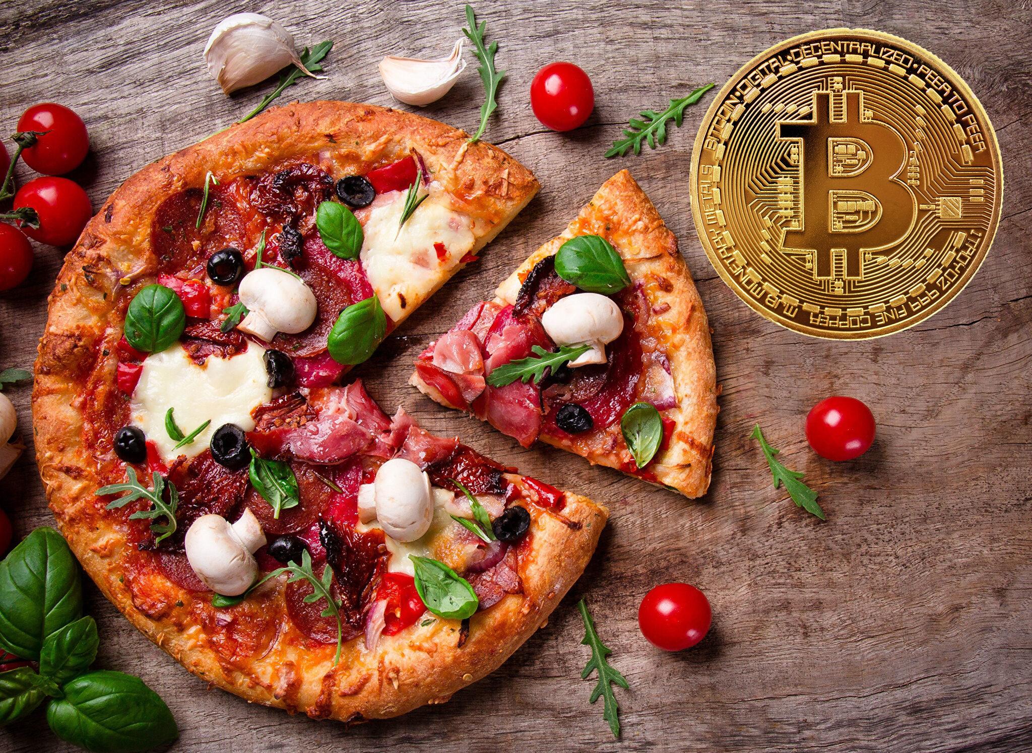 Bitcoin pizza day I Cryptofalka 22